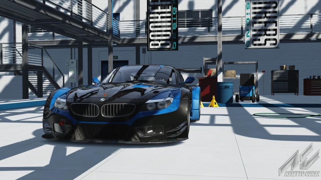 Showroom_bmw_z4_gt3_30-2-2017-22-22-4.jpg
